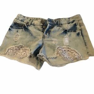 Amethyst Distressed Mid-rise Lace Cut-offs